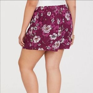 torrid Shorts - NWT Torrid Floral Shorts